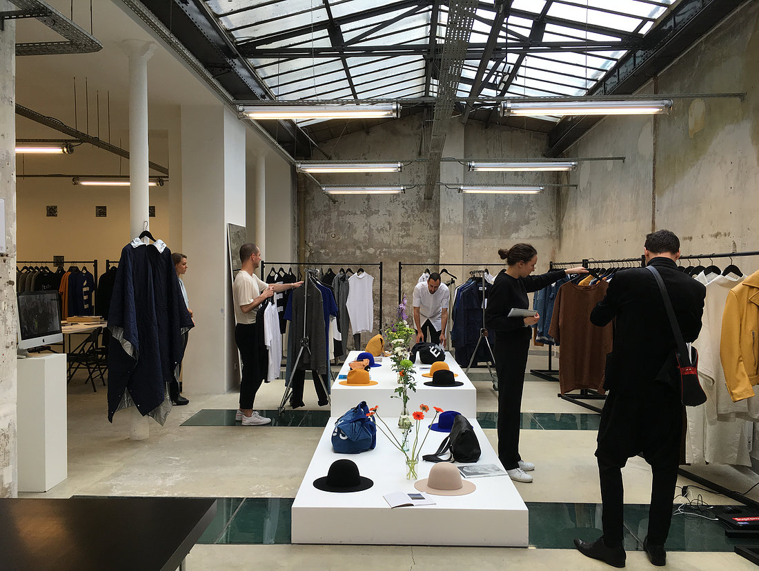 Organization for paris fashion week showrooms